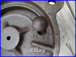 ANTIQUE Vtg CHICAGO USA NO 4 Wilton Tool Bench Bullet Vise Swivel COPPER COVERS