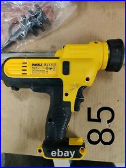 DEWALT DCE580N Caulking Gun 18v battery cordless