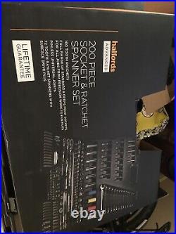 Halfords Advanced 200 piece socket set new version Used