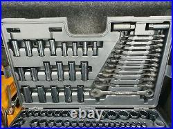 Halfords advanced 200 piece Socket Set