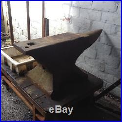 Large Very Heavy 140kg Blacksmiths Anvil