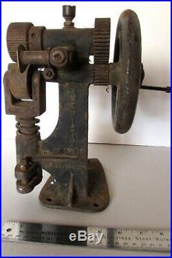 Vintage American Hand Crank Leather Splitting Skiver Tool Antique St. Louis USA