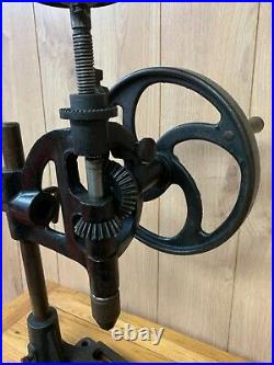 Vintage Hand Cranked Pillar Drill Press Mancuna